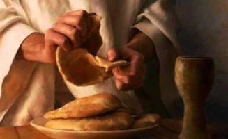 Lo reconocieron al partir el pan